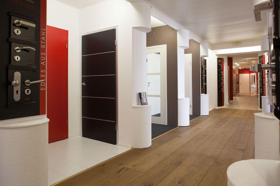 ausstellung b den t ren garten fenster holz ziller. Black Bedroom Furniture Sets. Home Design Ideas